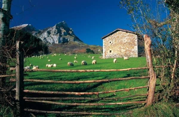 Casa Rural Kaardel (Navarra) FuenteEscapadaRural.com.jpg